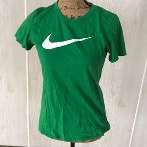 Woman's Nike t shirt